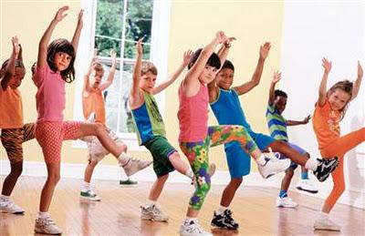 Kinderen-dansen-gelijk